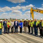 City leaders at Groundbreaking